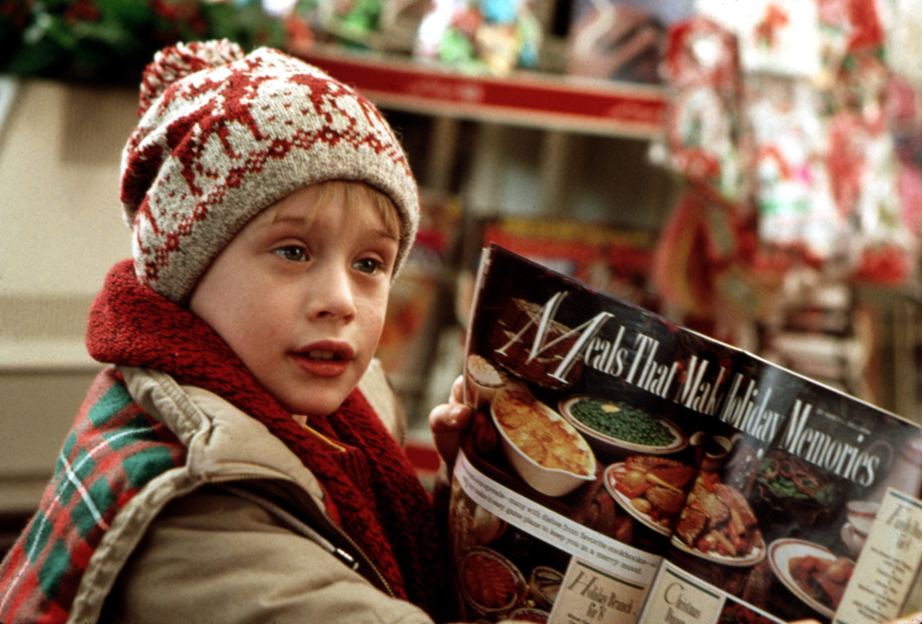 HOME ALONE, Macaulay Culkin, 1990. TM & Copyright (c) 20th Century Fox Film Corp.