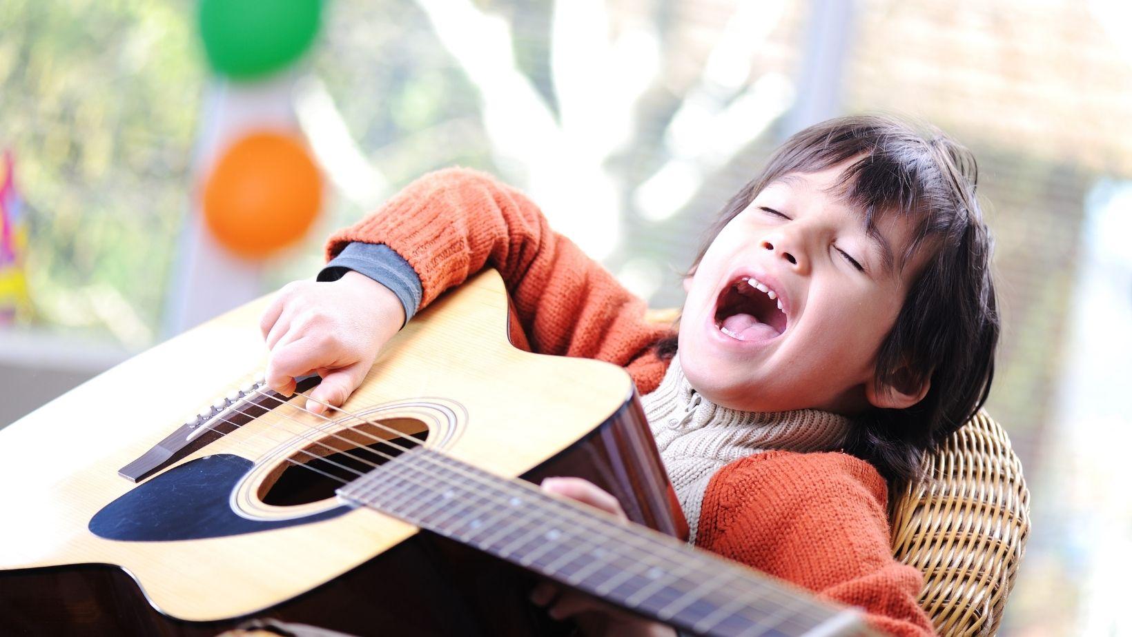 τραγουδι γλωσιικη αναπτυξη