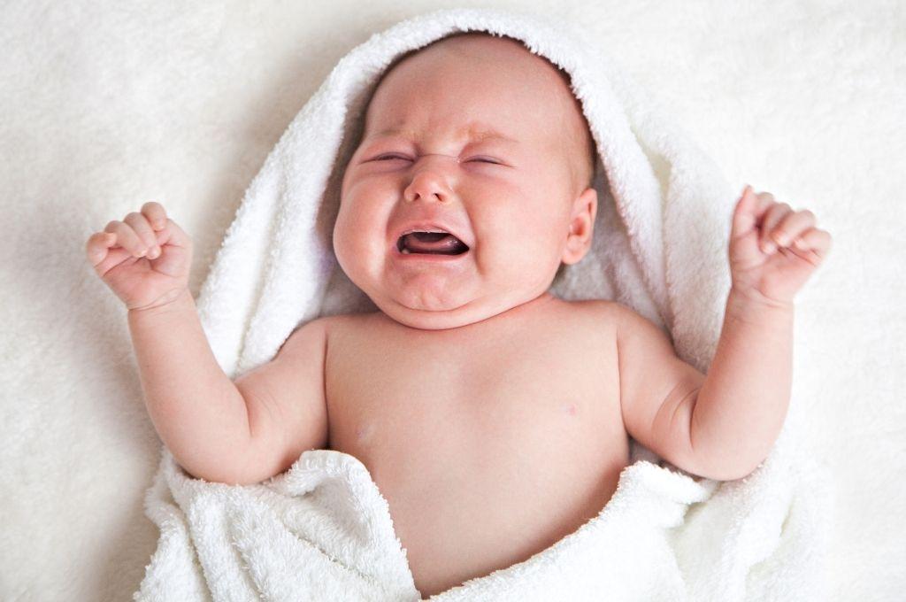 το μωρο μου κλαιει
