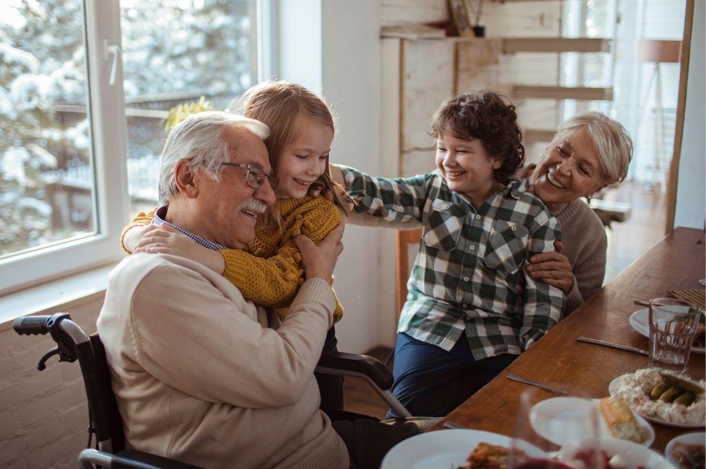 Το οικογενειακό τραπέζι & τα οφέλη του στη ζωή των παιδιών