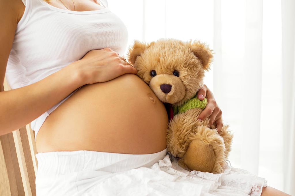 Εγκυμοσύνη: Ποια είναι η σωστή στάση σώματος & πώς να την επιτύχετε —