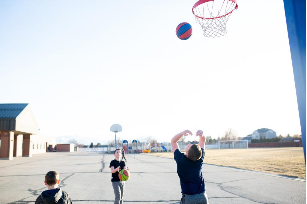 Αθλητισμός & παιδί: Γνωρίζεις τους συχνότερους τραυματισμούς & τον ρόλο του φυσικοθεραπευτή;