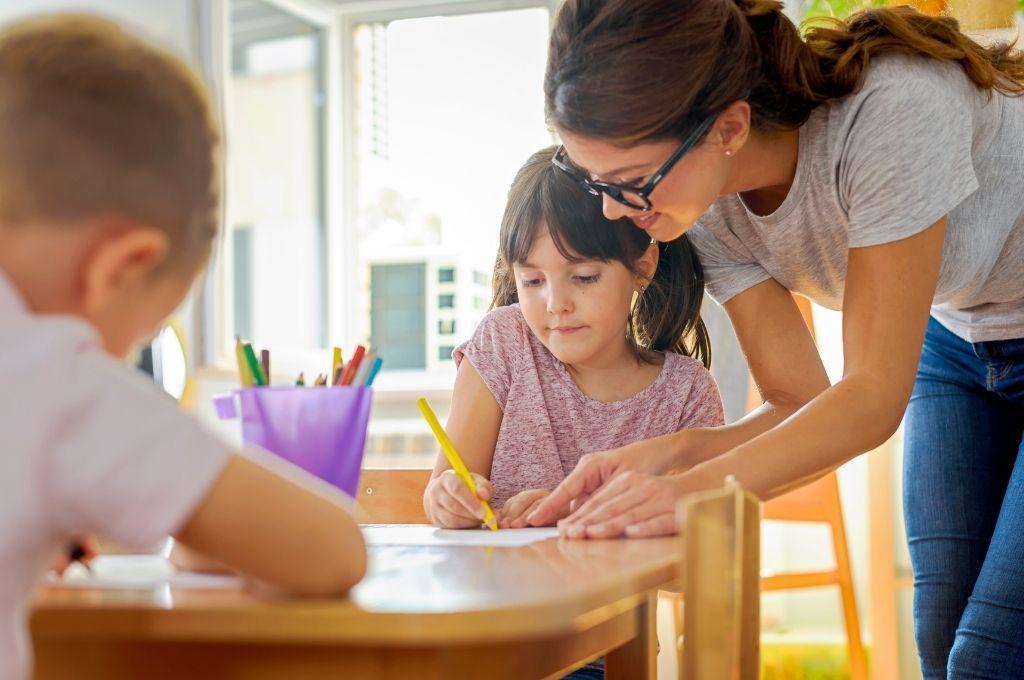 Πώς ο εκπαιδευτικός αποτελεί πρότυπο για τους μαθητές του